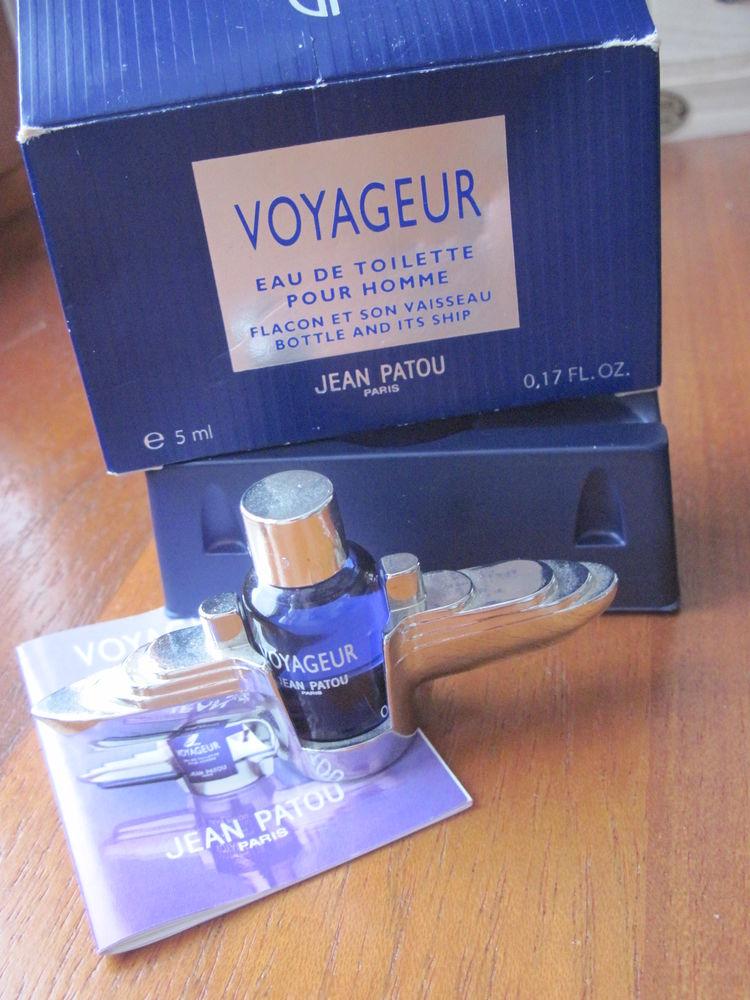 Miniature de parfum JEAN PATOU  4 Saint-Dizier-l'Évêque (90)