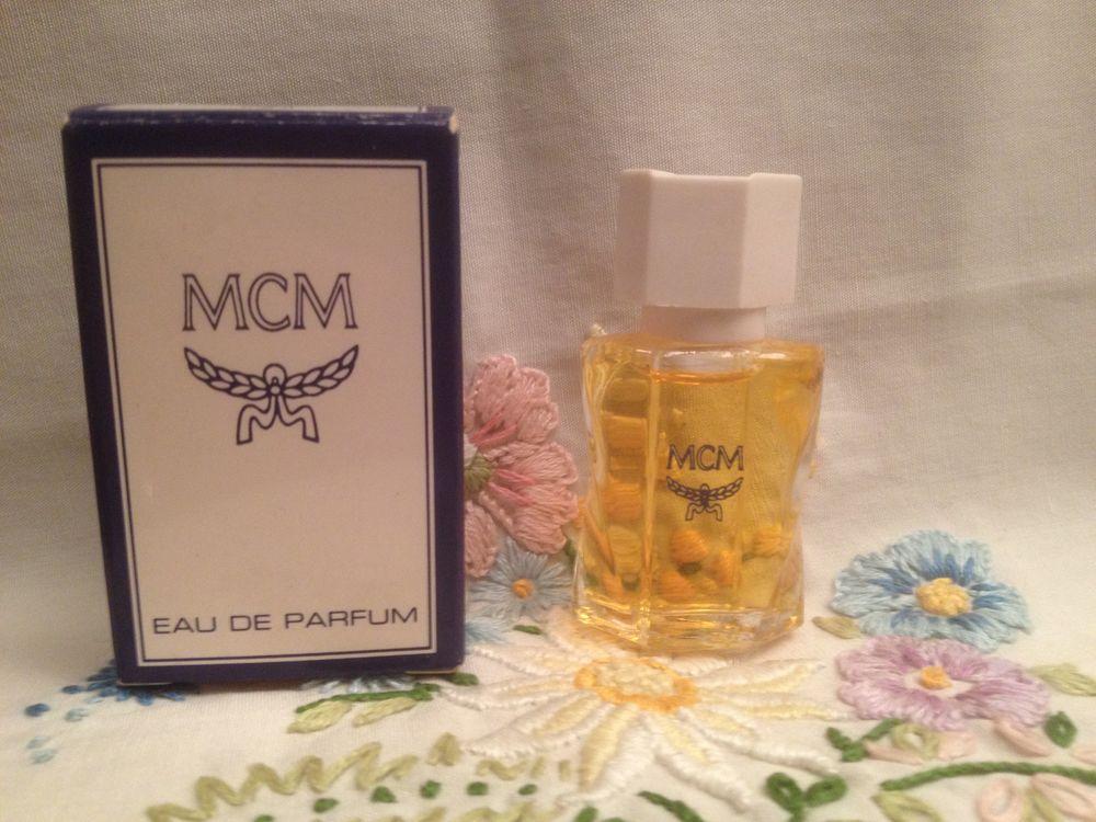 miniatures de parfum occasion boulogne billancourt 92 annonces achat et vente de miniatures. Black Bedroom Furniture Sets. Home Design Ideas