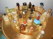 Miniature de parfum 2 Hyères (83)