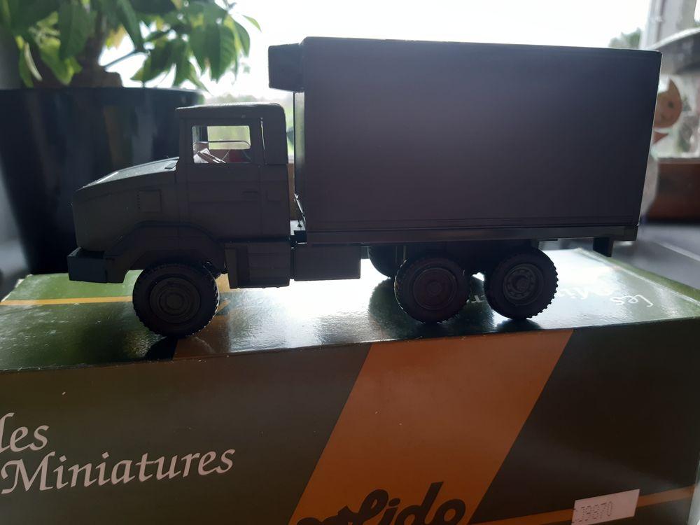 Miniatures militaires  40 Fournes-en-Weppes (59)