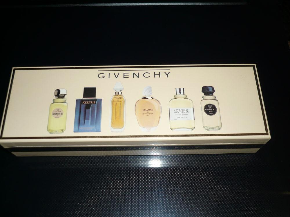 Miniatures de parfum en coffret 20 Toulon (83)