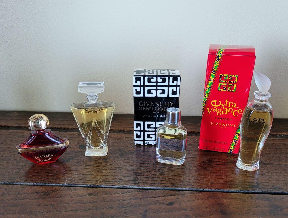 Miniatures de parfums Givenchy et Guerlain  15 Melun (77)