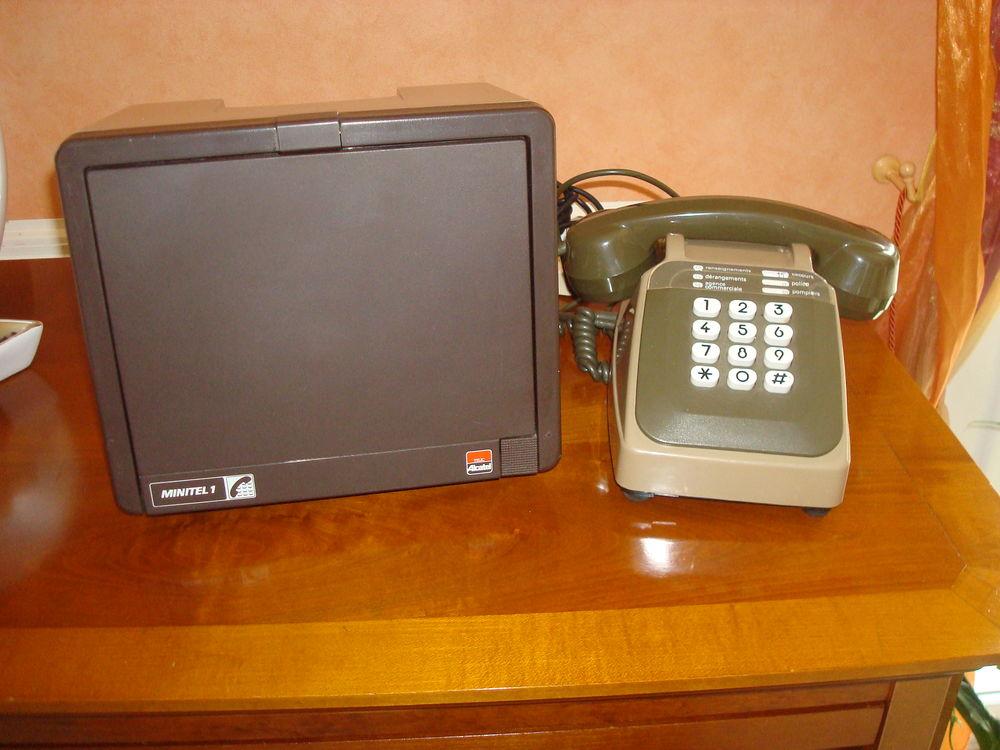 Minitel 1 + téléphone  30 Orleix (65)