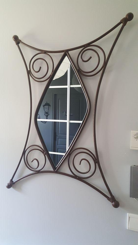 Miroir fer forgé en losange bois et chiffon 55 Hasparren (64)