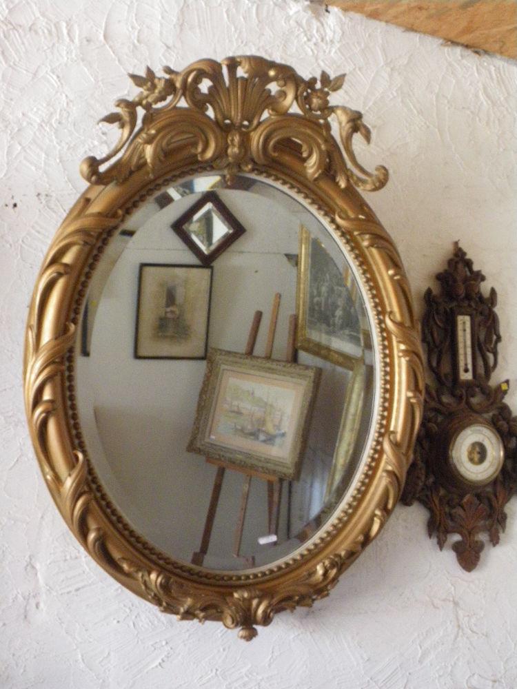 miroirs ovales occasion annonces achat et vente de miroirs ovales paruvendu mondebarras page 4. Black Bedroom Furniture Sets. Home Design Ideas