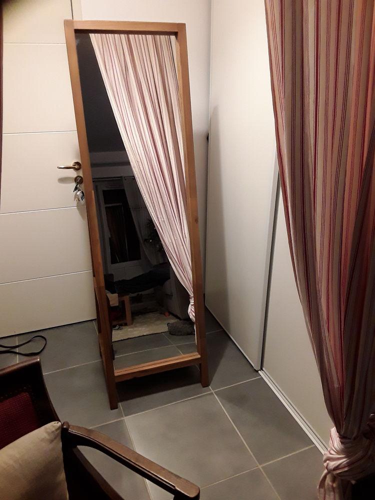 Miroir sur pieds  75 Villenave-d'Ornon (33)