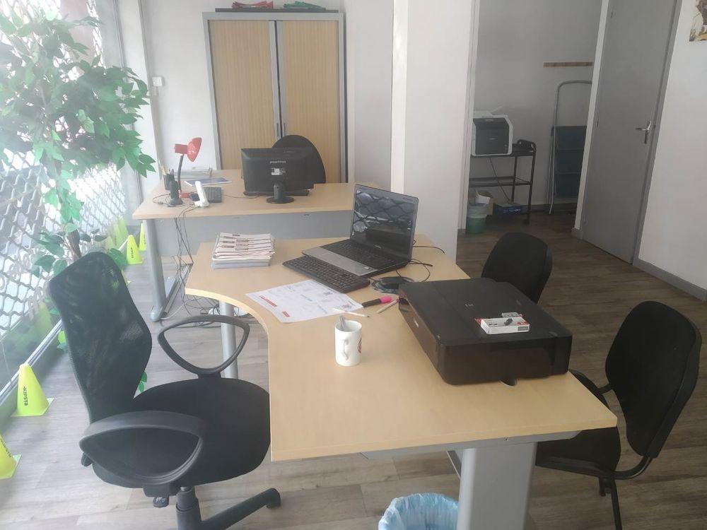 Mobilier Fournitures bureaux chaises armoires rangements 200 Grenoble (38)
