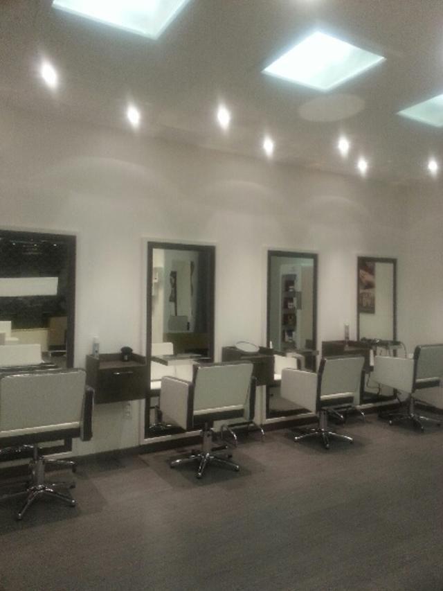 Mobilier matériel de salon de coiffure 0 Grenoble (38)