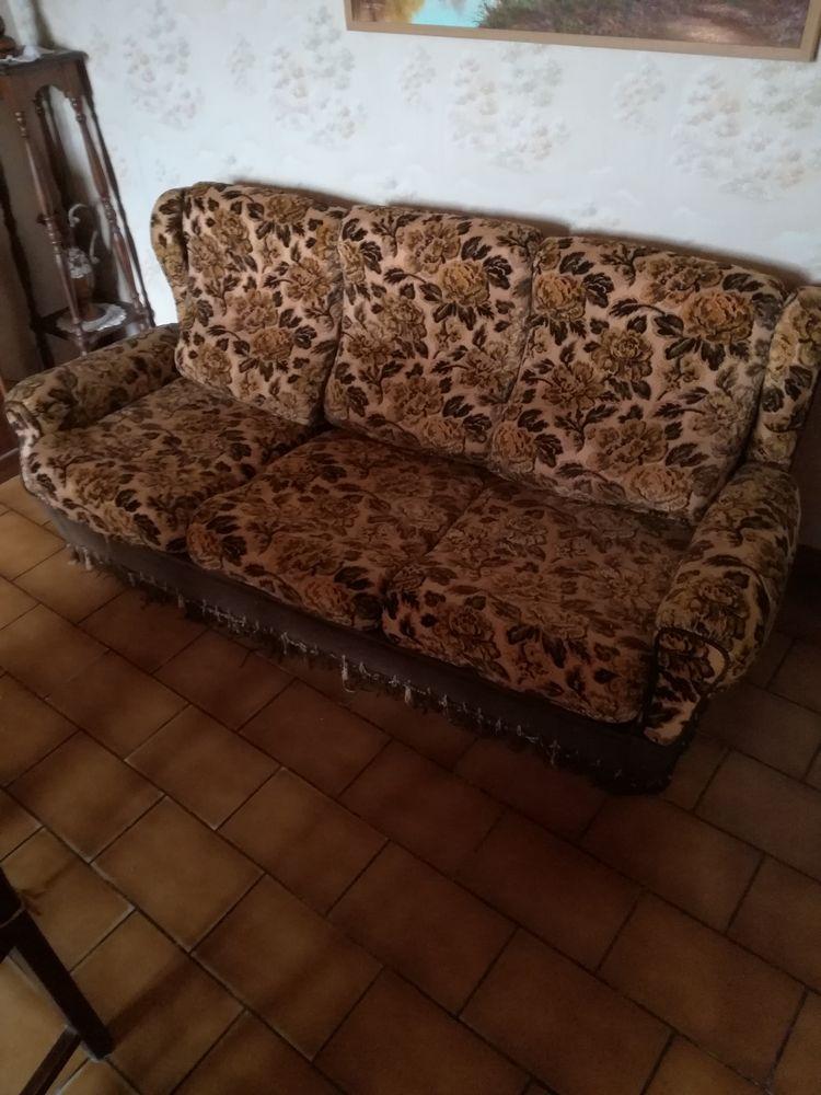 mobilier de salon 1000 Orléans (45)