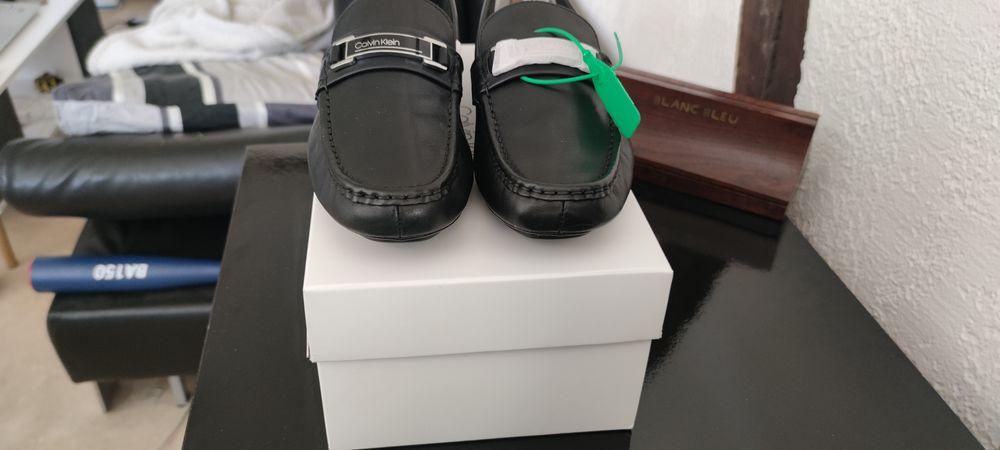 Mocassin Kierson Calvin Klein taille 42 en cuir noir 110 Gisors (27)