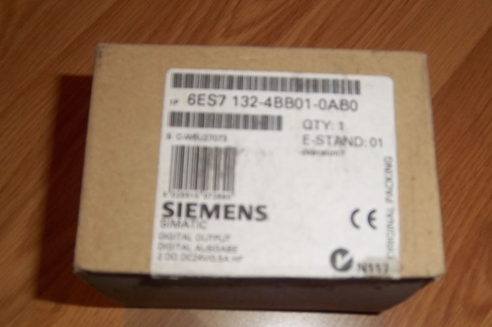 5 modules siemens 6ES7 132-4BB01-0AB0 neufs 100 Colombier-Fontaine (25)