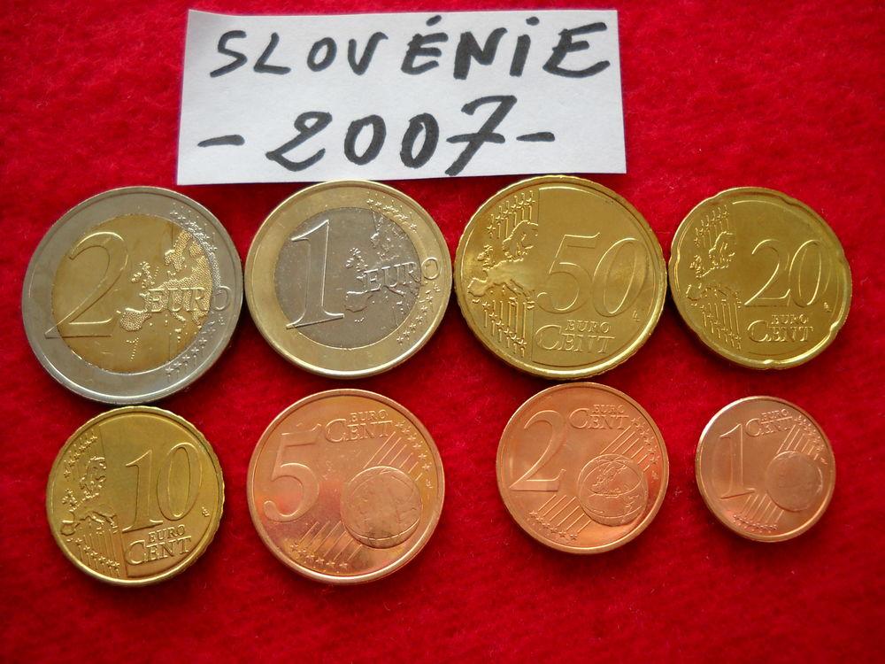 Monnaie pièces Euros : SLOVENIE / 2007 10 € 10 Roanne (42)