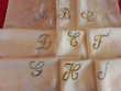 1 monogramme sur soie ancienne  5 Mortain (50)