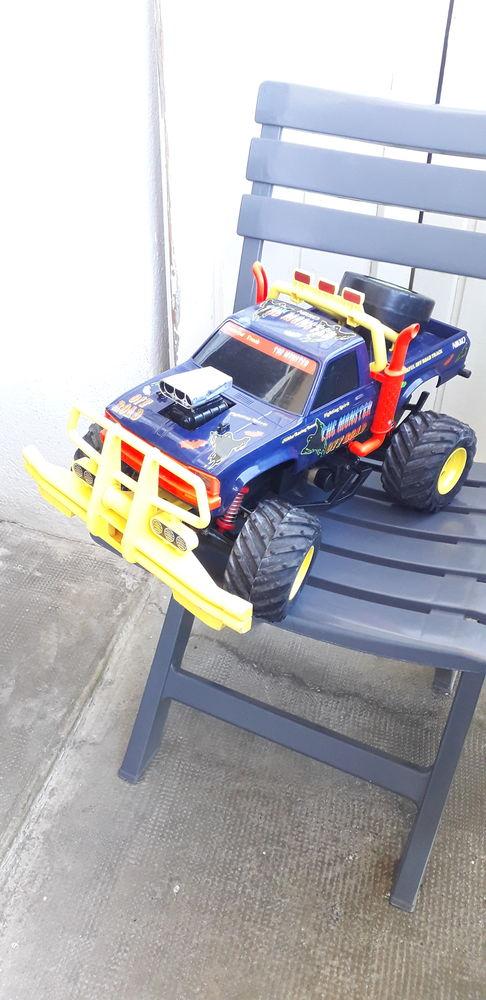 Monster truck Nikko vintage  120 Marseille 15 (13)