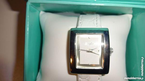 montre blanche 5 Cagnes-sur-Mer (06)