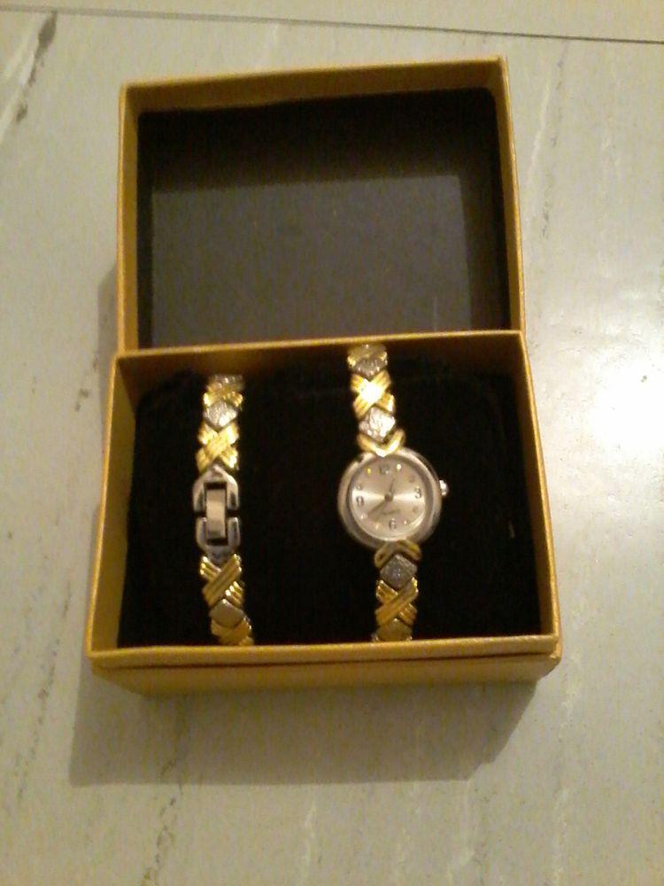 montre et le bracelet assorti pour offrir  45 Tourcoing (59)