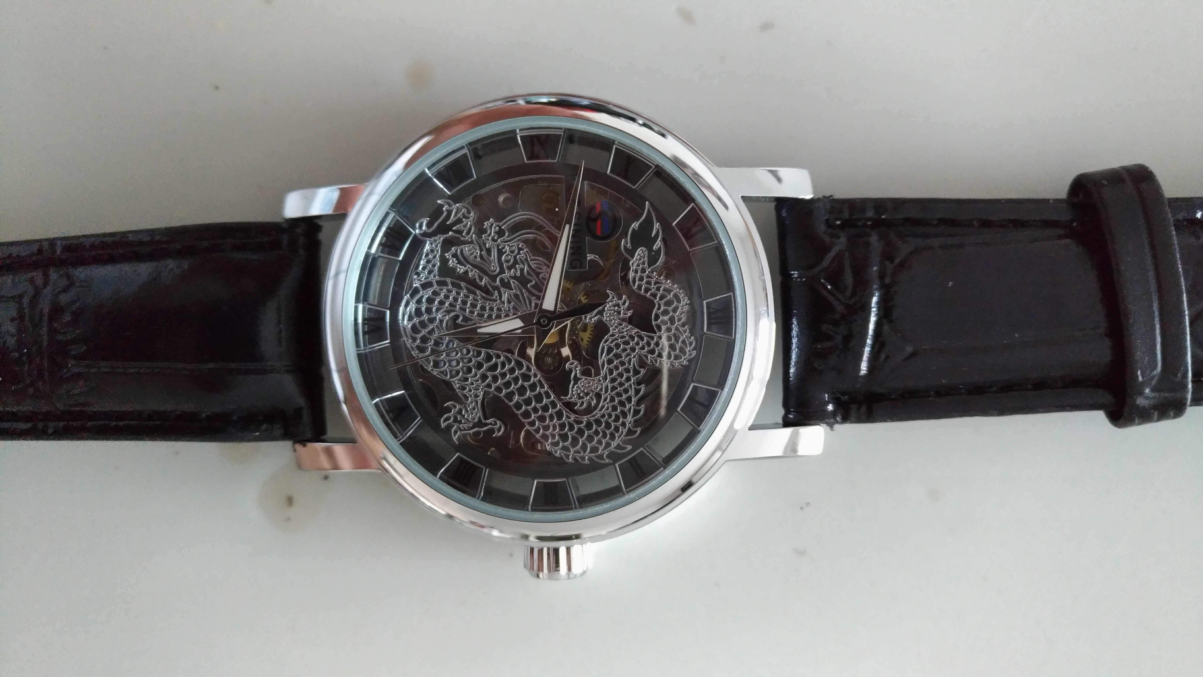 montres occasion br tigny sur orge 91 annonces achat et vente de montres paruvendu. Black Bedroom Furniture Sets. Home Design Ideas