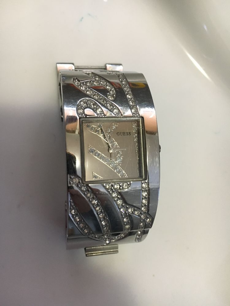 Montre Guess 10 Orsay (91)