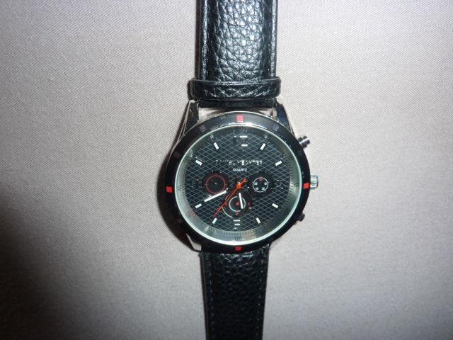 montres occasion entre deux 97 annonces achat et vente de montres paruvendu mondebarras. Black Bedroom Furniture Sets. Home Design Ideas