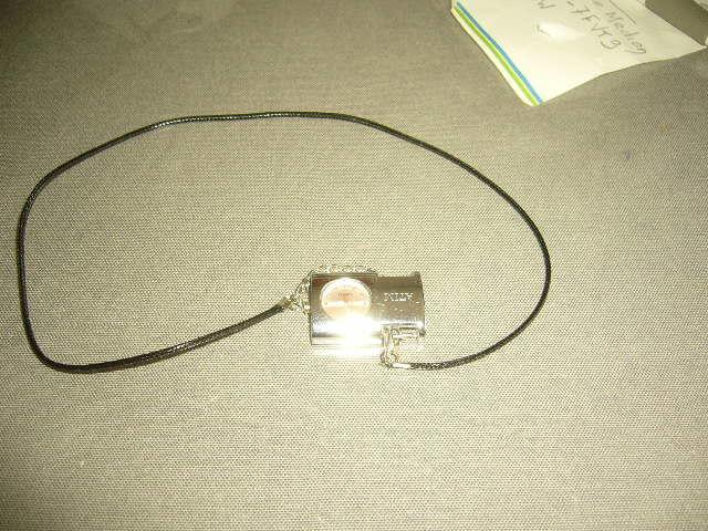 montre pendentif femme marque ATIM 6 Versailles (78)