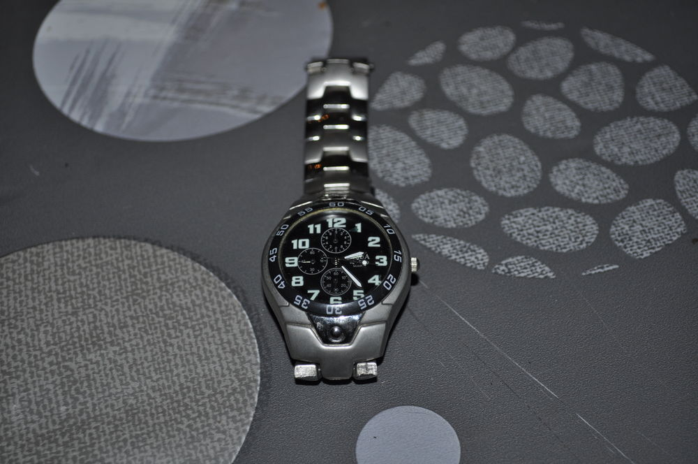 Montre  Stainless Steel Back  10 Perreuil (71)