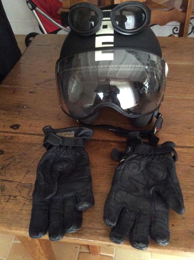 Moto : casque, blouson, gants, lunettes Femme 100 Soyaux (16)