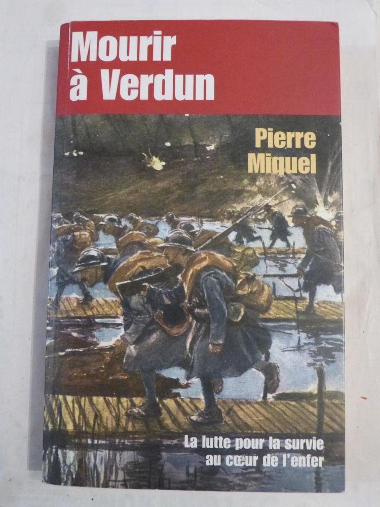 MOURIR A VERDUN par PIERRE MIQUEL Livres et BD
