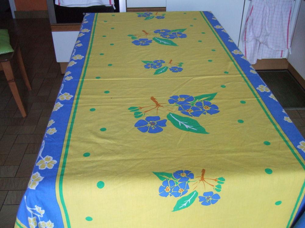 Nappe coton jaune et bleu  8 Poissy (78)