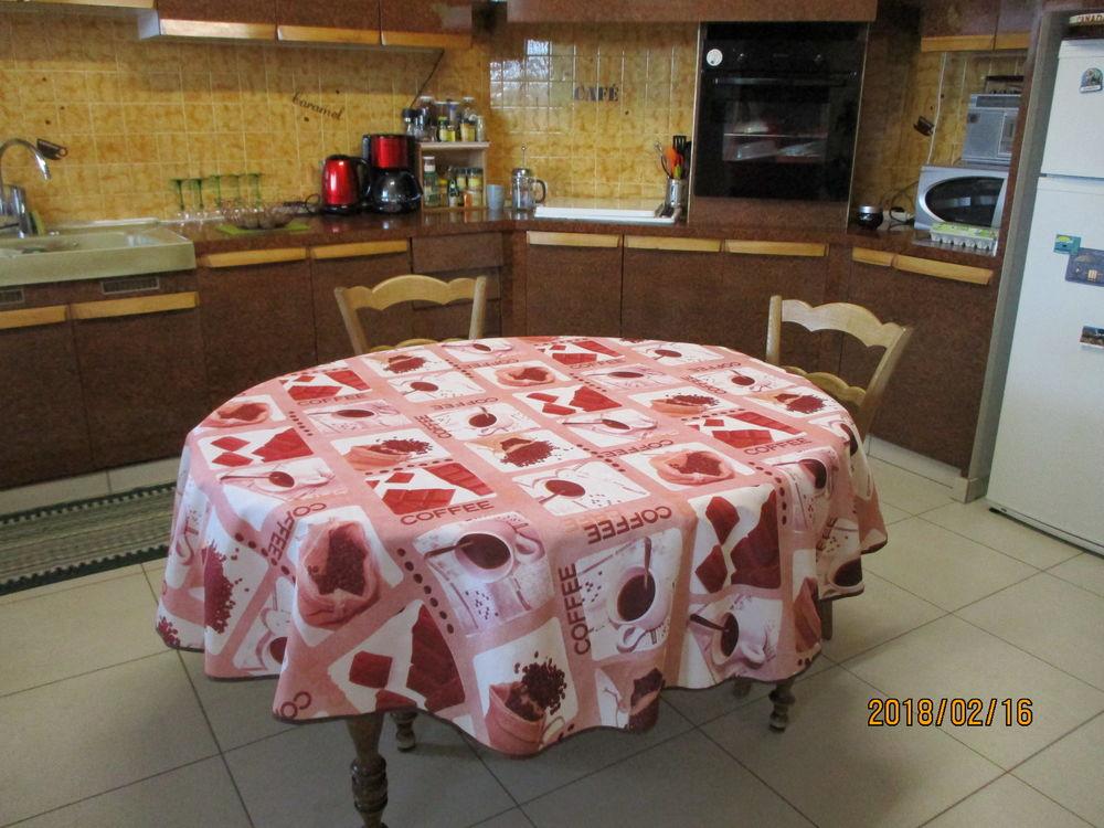 Nappe ronde CAFE diam 180 cm 15 Le Vernois (39)