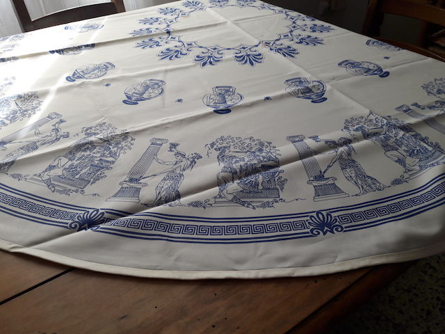 NAPPE RONDE  5 Cuers (83)