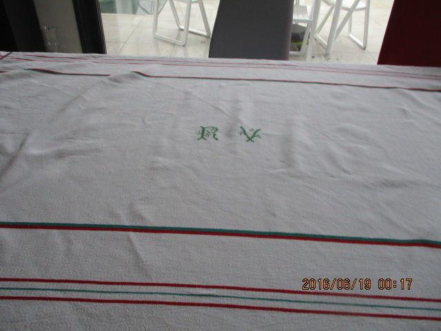 nappe et serviettes 30 Castres (81)