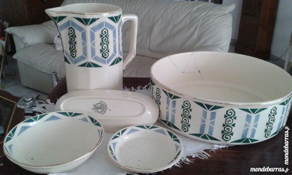 Nécéssaire de table à toilette, arts déco 50 Beaumont (63)