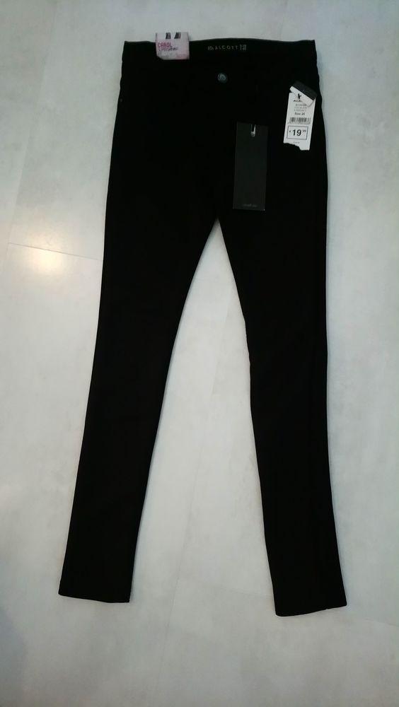 Neuf ALCOTT -   Pantalon 7/8, coupe skinny noir - 32 (FR) 10 Mulhouse (68)