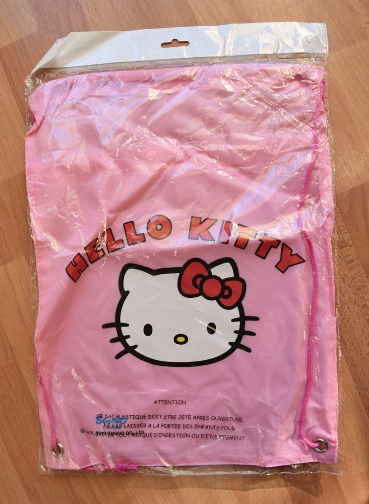 NEUF. Sac Hello Kitty. 39.5 cm. NEUF sous blister. 5 euros Jeux / jouets