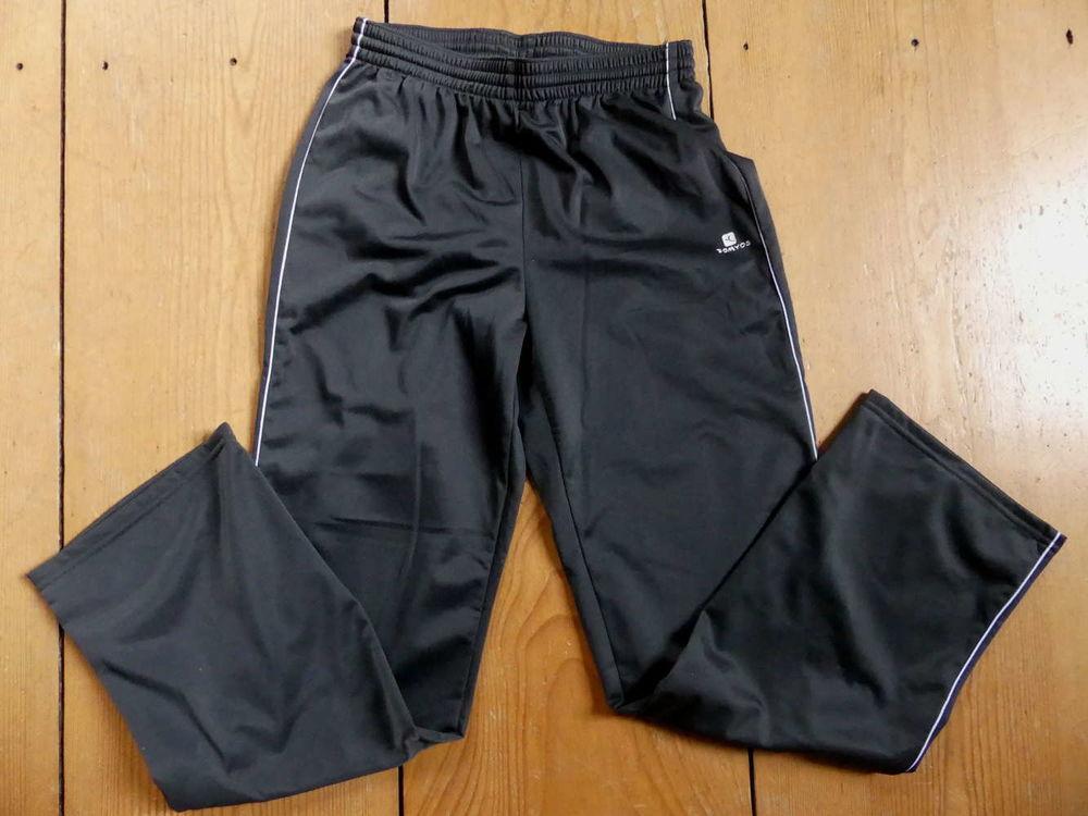 Neuf : pantalon survêtement Decathlon 12ans 8 Strasbourg (67)