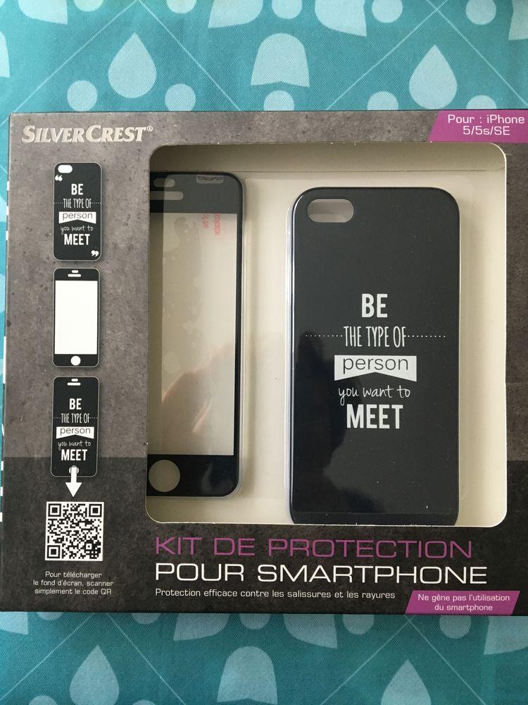 NEUF KIT DE PROTECTION POUR SMARTPHONE 5/5s/SE 4 La Rochelle (17)