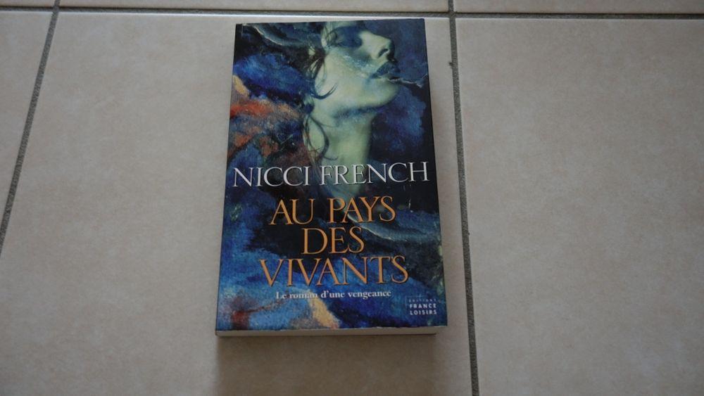 Nicci French: Aux pays des vivants 2 Hyères (83)