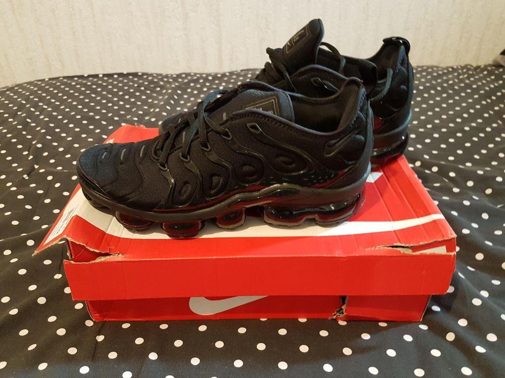 Nike Air VaporMax Triple Black 41 EU 8 US Très bon état 179 Sens (89)
