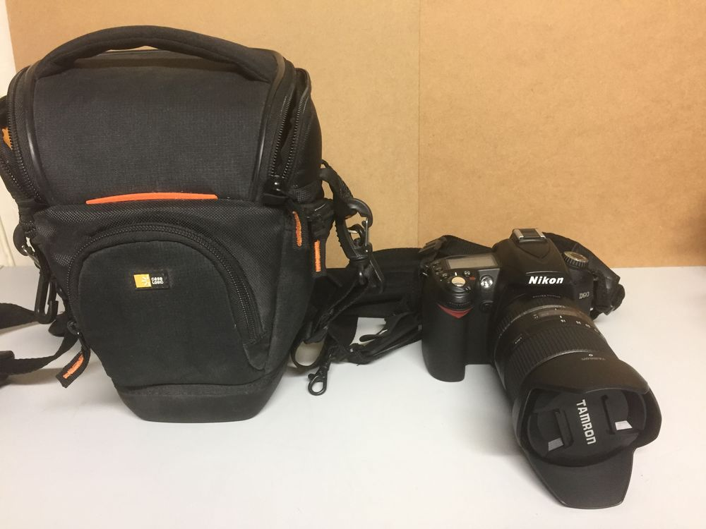 NIKON D 90 + ACCESSOIRES Photos/Video/TV