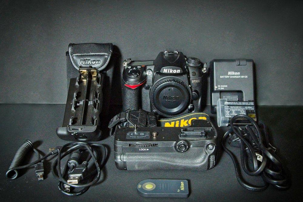 Nikon D7000 + grip MB-D11 + déclencheur 300 Brie-Comte-Robert (77)