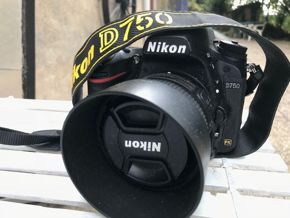 NIKON D750 4900 vues achat récent avril 2018 garantie 2 ans 1150 Besançon (25)