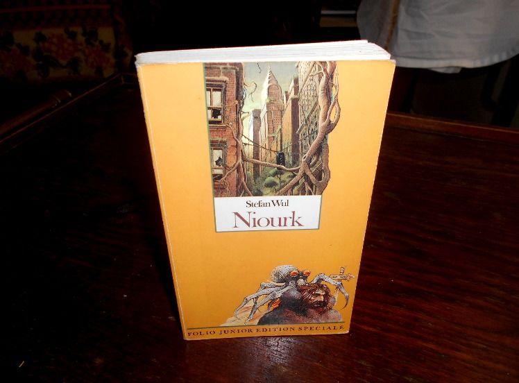Niourk Stefan Wul Folio junior édition spéciale 5 Monflanquin (47)