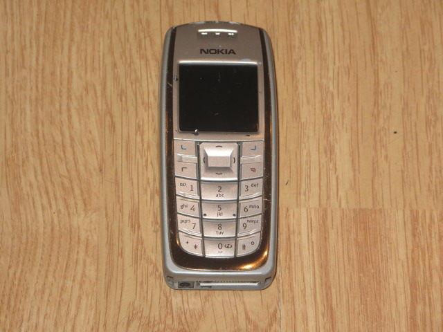 Nokia 3120 Téléphones et tablettes