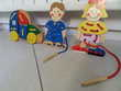 4 OBJETS BOIS ET CARTES A LACER Jeux / jouets