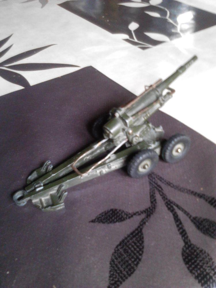 Obusier 80E dinky toys n°155 30 Avermes (03)