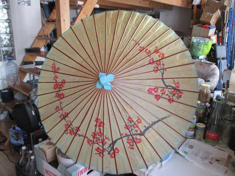 Ombrelle japonaise bois +  titre de votre objet. 35 Marseille 1 (13)