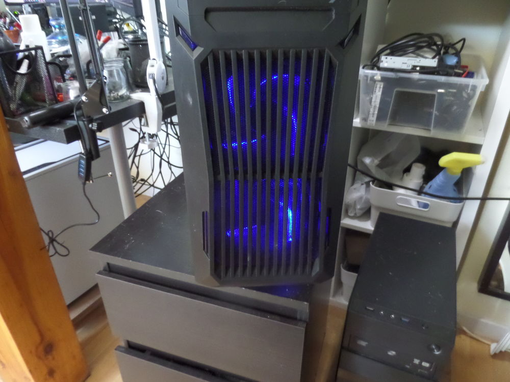 ordinateur fixe NEUF 380 Ygos-Saint-Saturnin (40)