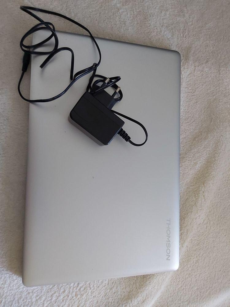 ordinateur portable thomson avec sacoche 110 Poitiers (86)
