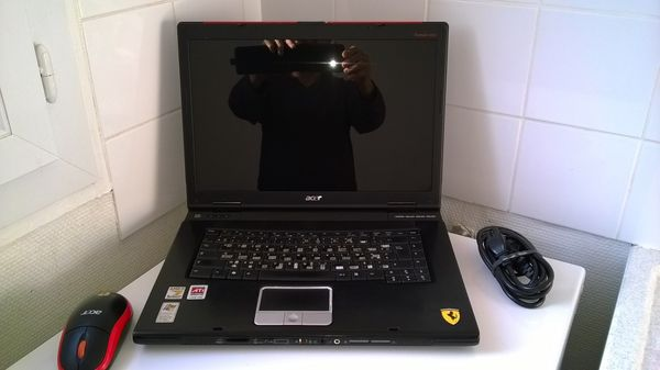 Ordinator Acer portable 300 Rillieux-la-Pape (69)