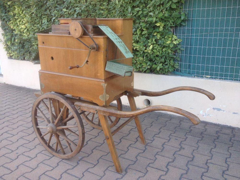 orgue de barbarie  Le Ludion  3500 Frontignan (34)